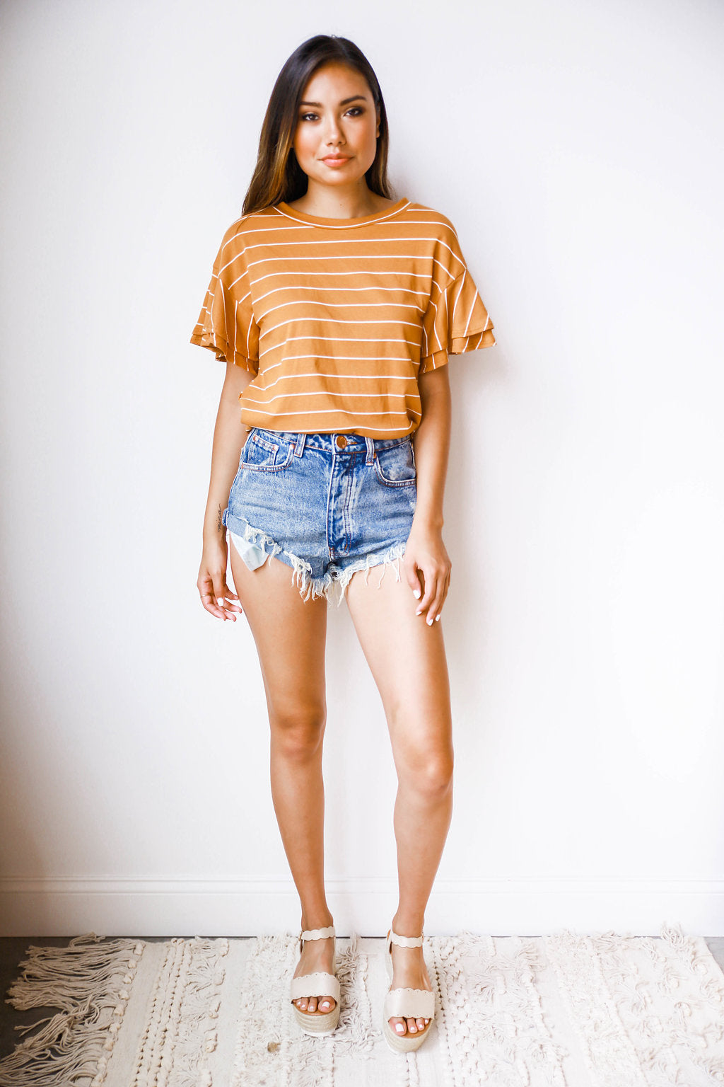 roll out high rise shorts