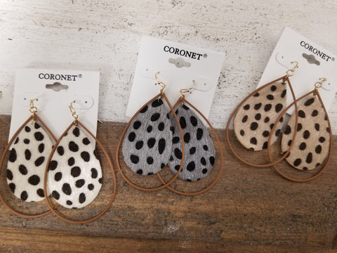 Leopard Metal Teardrop Earrings - Colors