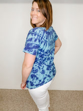 Load image into Gallery viewer, Blue Tie Dye Short Sleeve