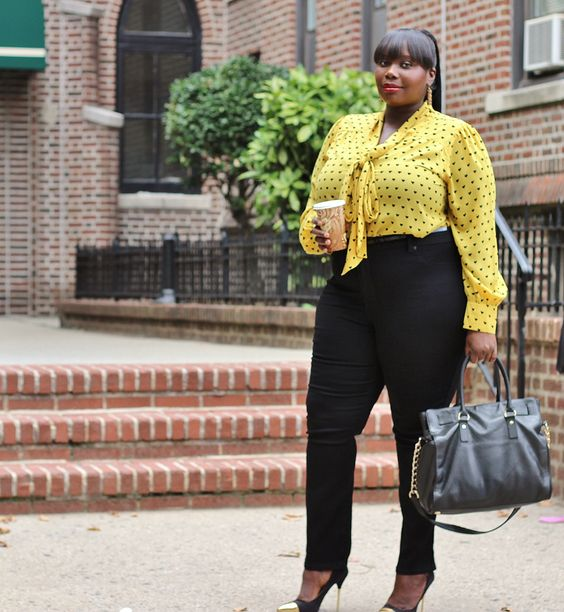 Plus Size Spring Outfits With Polka Dot Tops