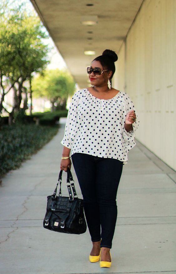 d879d47340 Plus Size Spring Outfits With Polka Dot Tops