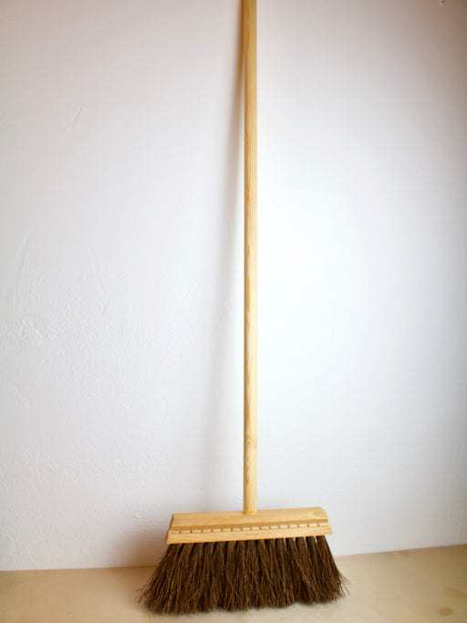 Iris Hantverk- Long Handled Broom