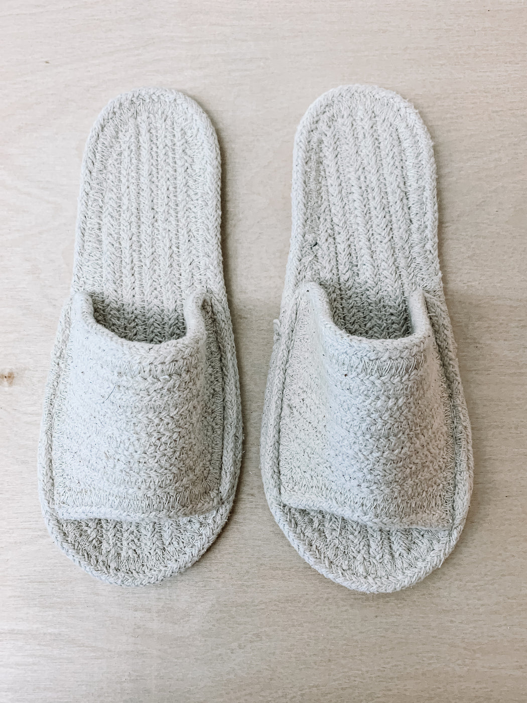 Lore General- Rope Slippers