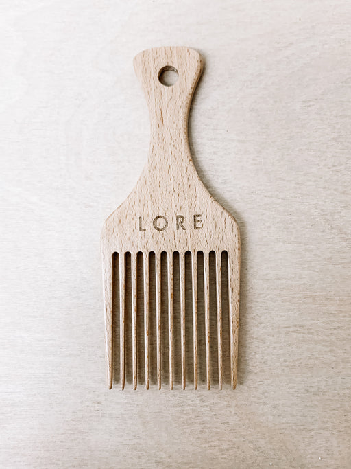 Lore General- Wide Tooth Pick Comb