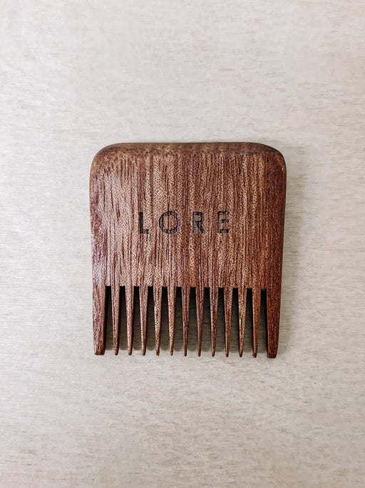 Lore General- Red Wood Beard Comb