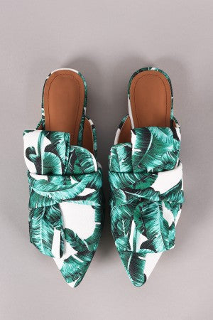 Leaves Print Pointy Toe Mule Flat