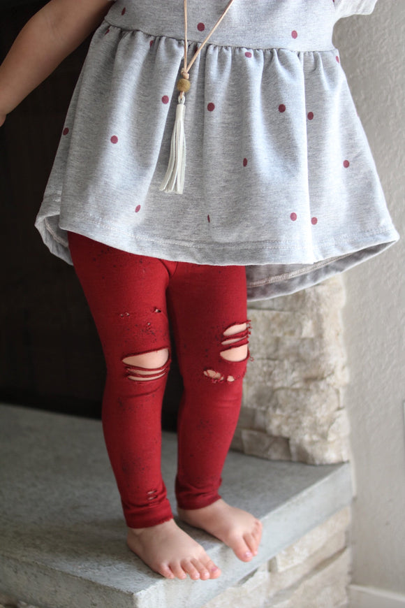 Pom-Pom Pomegranate Distressed Leggings