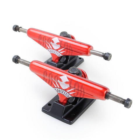 Skateboard Trucks Brands New 7.5 Mid Profile Red Black 1 Pair