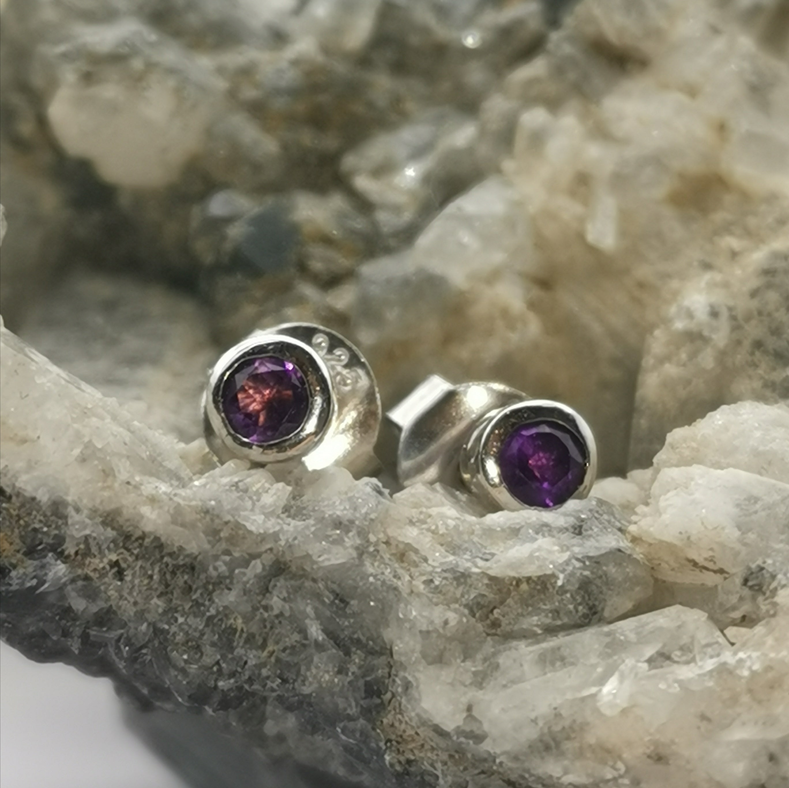 (Selfless) Stud Earrings In Amethyst