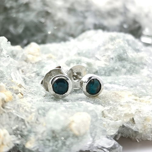 (Selfless) Stud Earrings In Sapphire