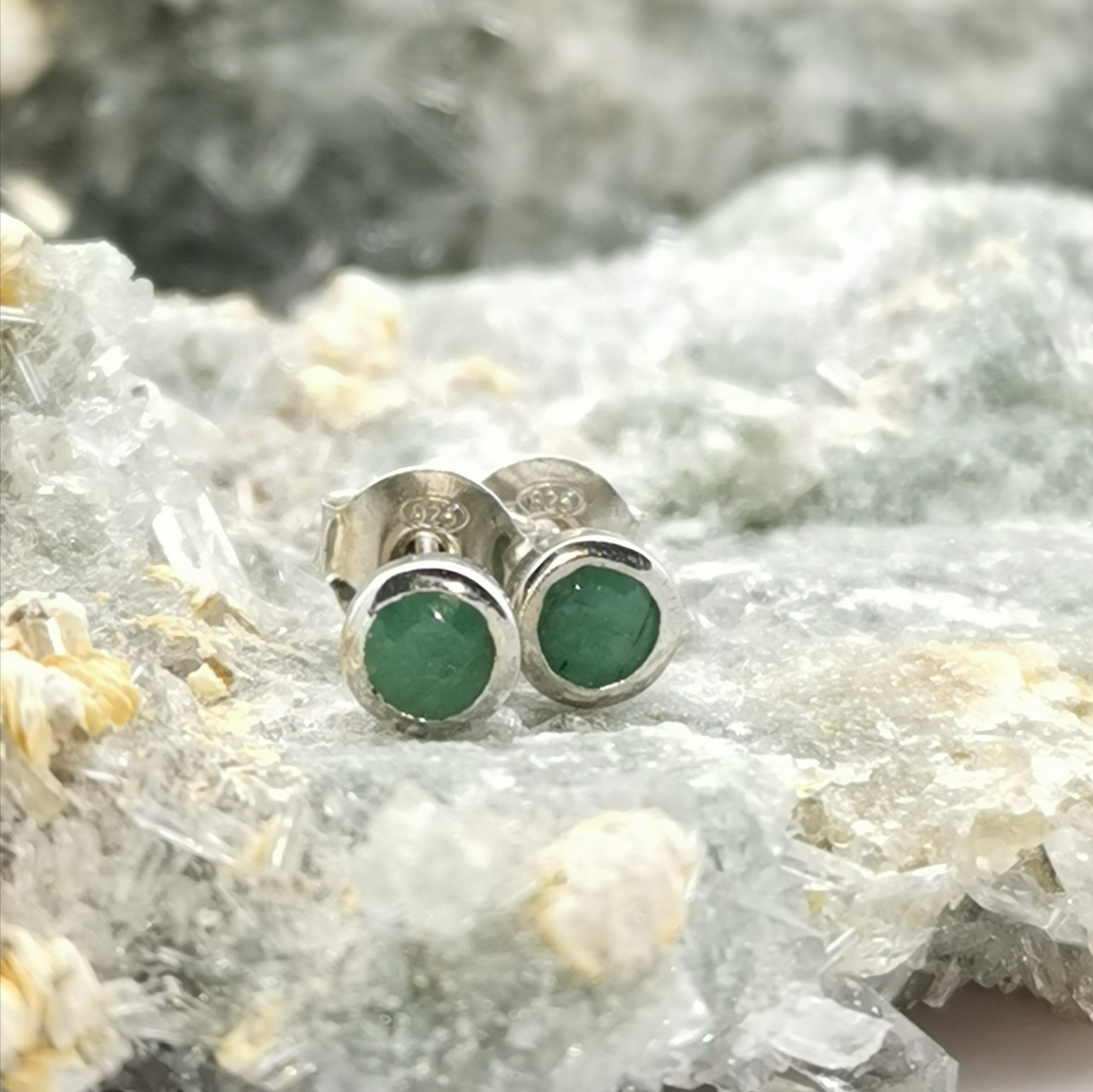 (Selfless) Stud Earrings In Emerald