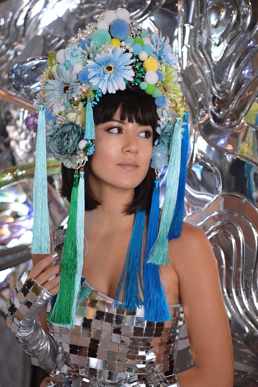 HIMY NYMI headdress