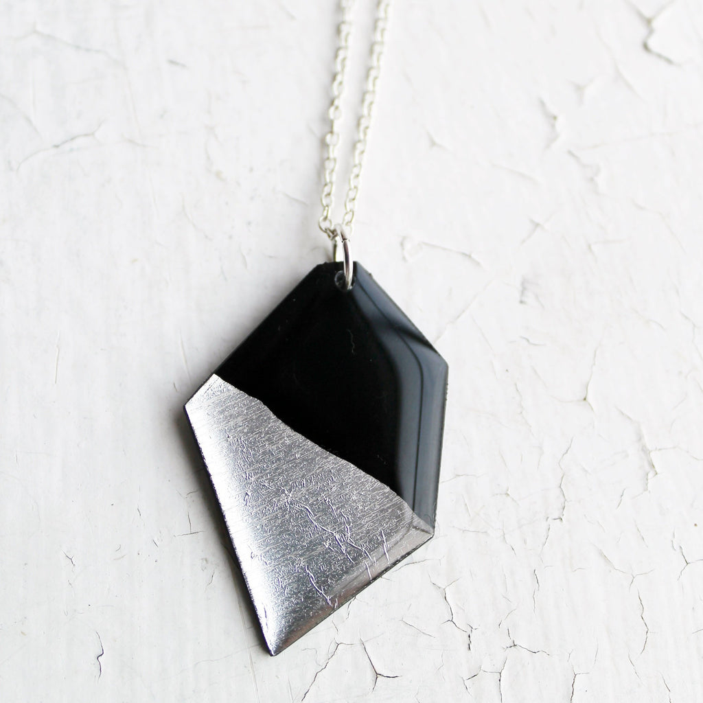 Eco-friendly silver dipped nugget vinyl necklace