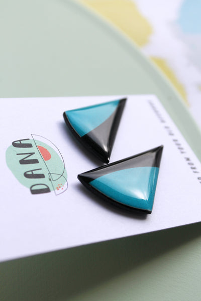 50% OFF black and blue stud earrings made from recycled vinyl record
