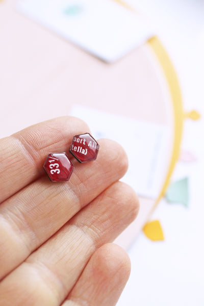 33 1/3 dark red small hexagon record studs