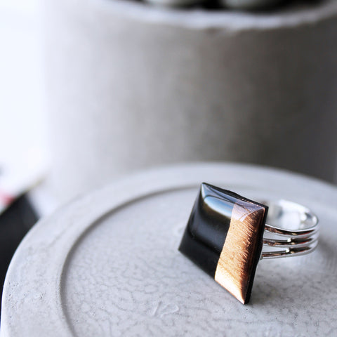 Statement vinyl record ring in black and copper