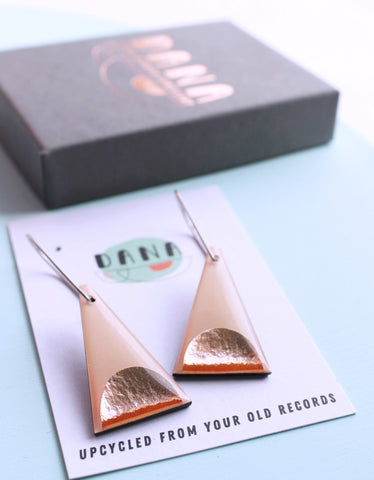 minimal triangles in copper and warm pink / slow fashion