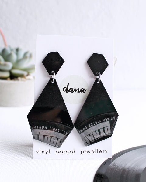 geometric black dangle earrings / vinyl record earrigs