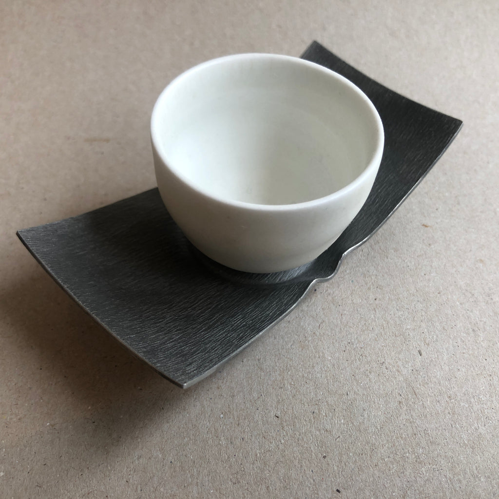 Hong Seong-Il - White porcelain cup with tin saucer