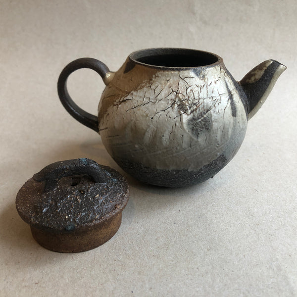 Hong Seong-Il - Crackle Teapot