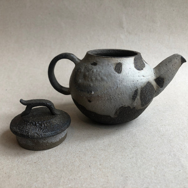 Hong Seong-Il - Grey Shapes Teapot