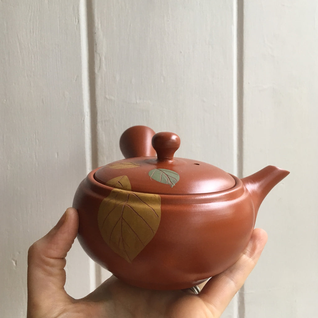 Red Leaf Pattern Tokoname Kyusu Teapot 280ml