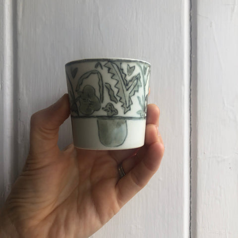 Ancient Green/Blue & White Cup tea cup | Yangyang Li, YUNBAI STUDIO, Jingdezhen