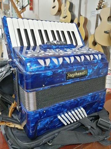 Pre-Owned Staphanelli 48 Bass Accordion