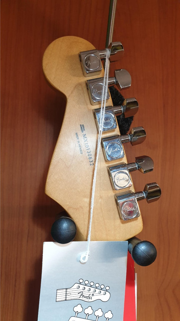 Pre-owned Fender Stratocaster