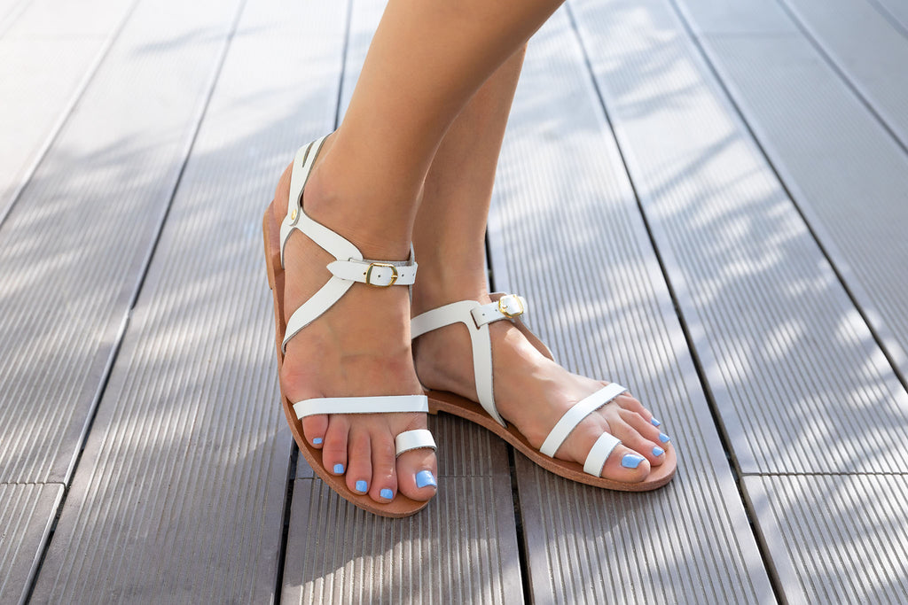 Santorini white leather strap summer sandals in detail
