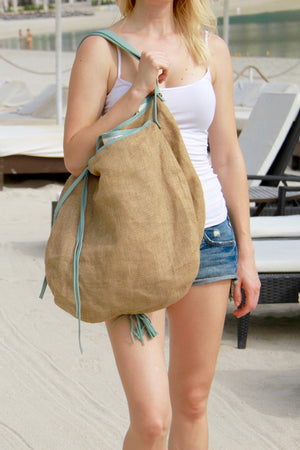 Besea beach bag with leather trim and straps