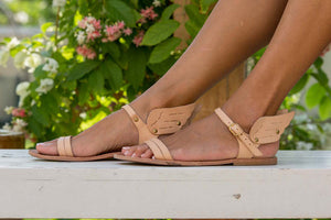 Ermes winged sandals in nude leather