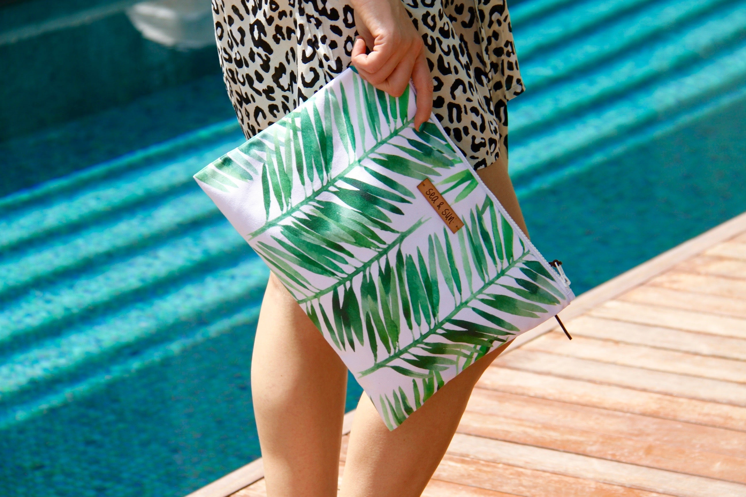 Jungle Paradise Waterproof lined Bag for the Beach, Pool, Travel or Makeup - Kardia