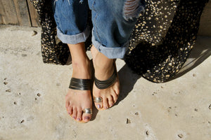 Eos Sandals with Thin Black and Gold Leather Straps - Kardia