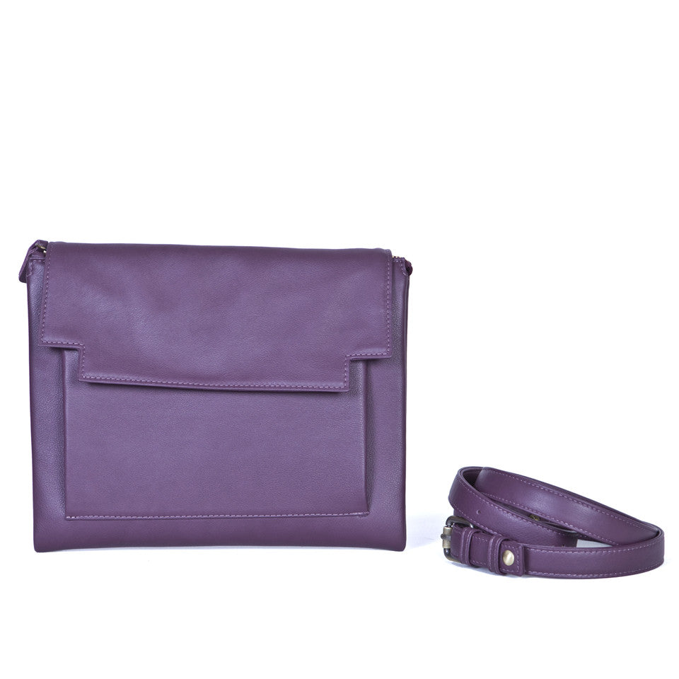 May leather Clutch bag in Aubergine with removable strap
