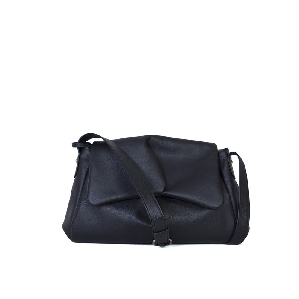 Sui Baby leather messenger bag in black
