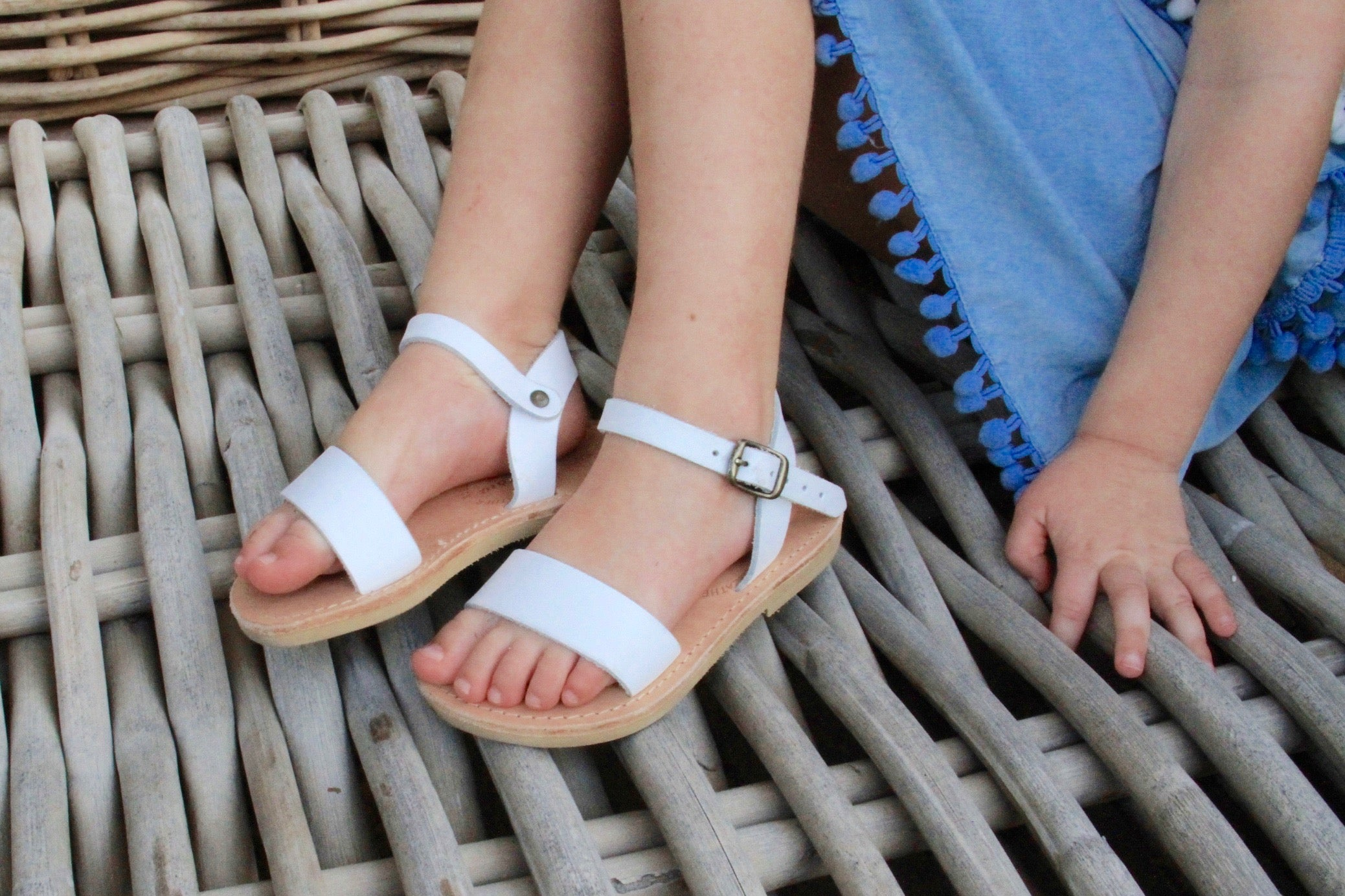 Mini Zena girls shoes in White leather