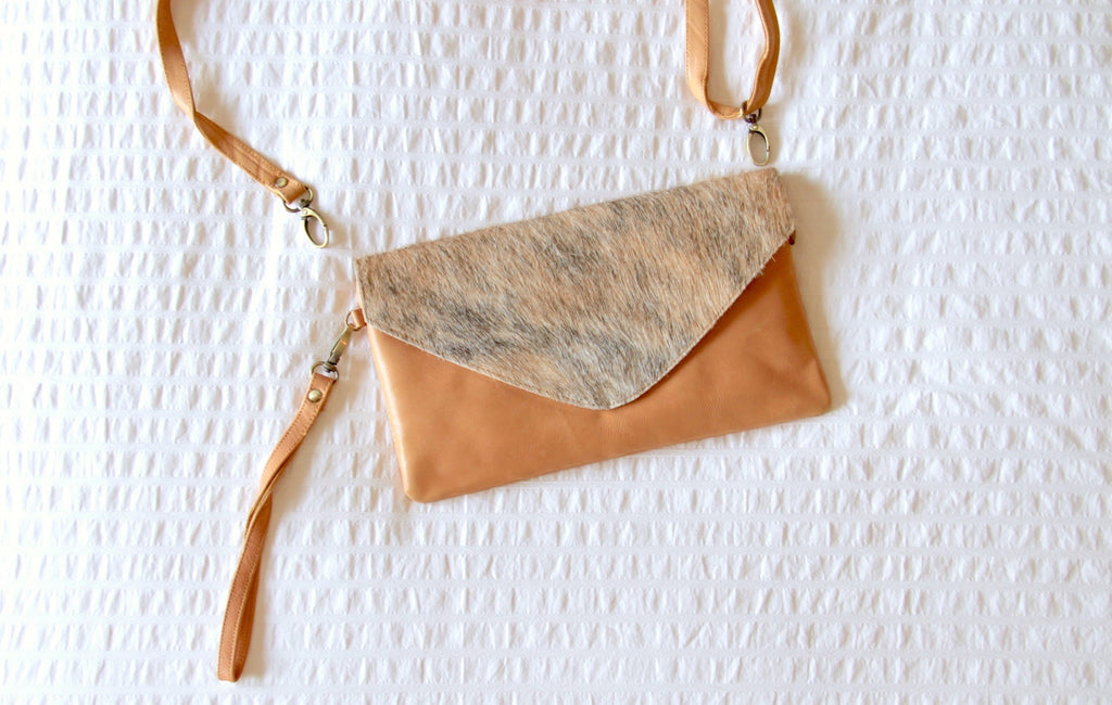 Piper Clutch bag in Tan and Caramel leather - Kardia