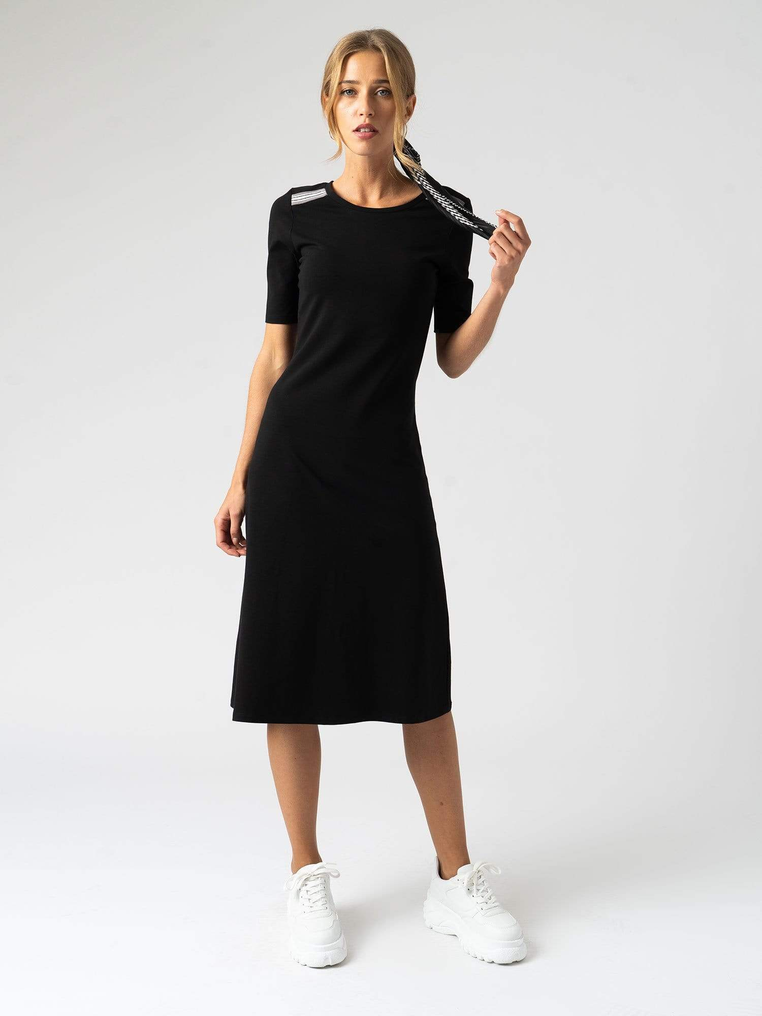 Zaggora Dress The Runway Dress