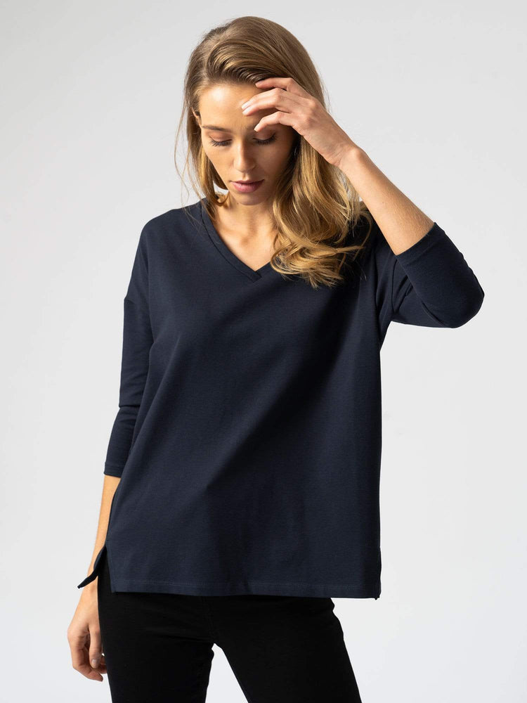 Tops Boxy V-Neck Sweater in Navy