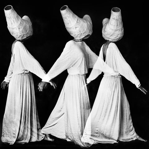 """Three graces"" photographie de Mitar Terzic - Série ""Lemuria"""