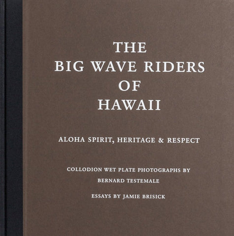 "Livre de photographies ""The Big Wave Riders of Hawaii"" de Bernard Testemale"