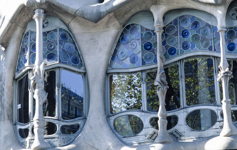 """Casa Mila Windows"""
