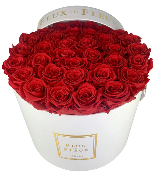 Infinity De Fleur™ Red Roses Round - Lasts One Year