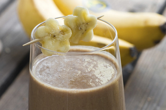 Chocolate Banana Pick-Me-Up Smoothie with Coconut Milk