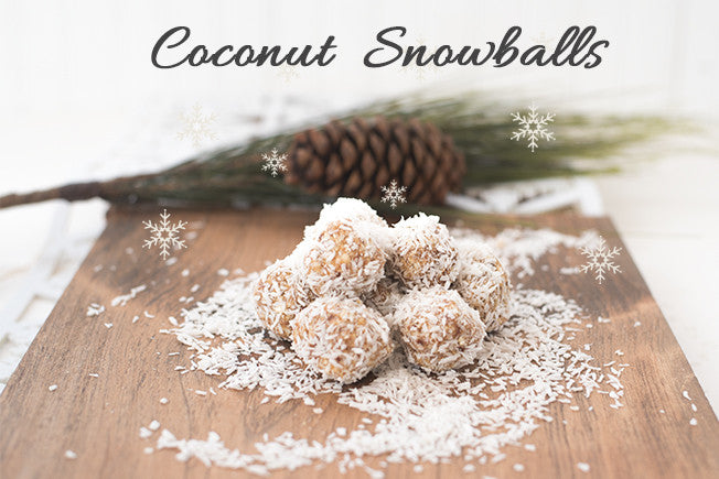 Raw & Vegan Coconut Snowballs with Dates