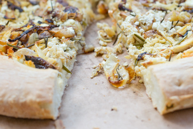 Smashed Garlic & Chicken Pizza with Fig Jam