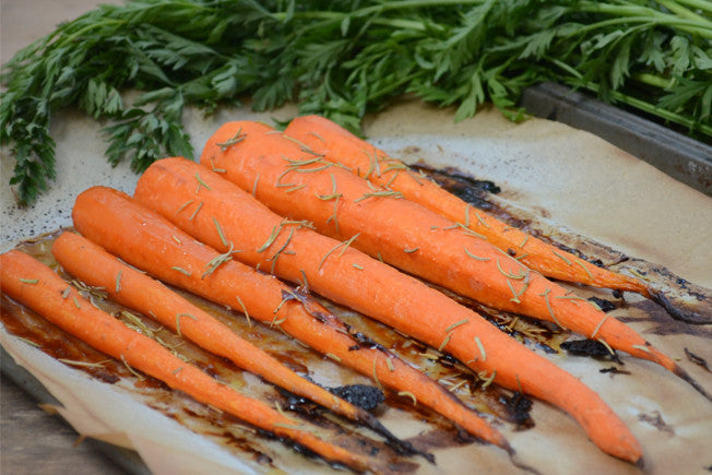 Sweet Maple & Rosemary Roasted Carrots