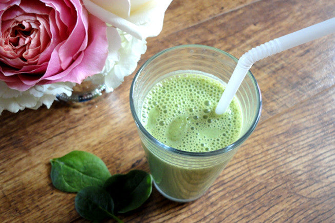The Great Green Smoothie with Spinach & Almond Butter