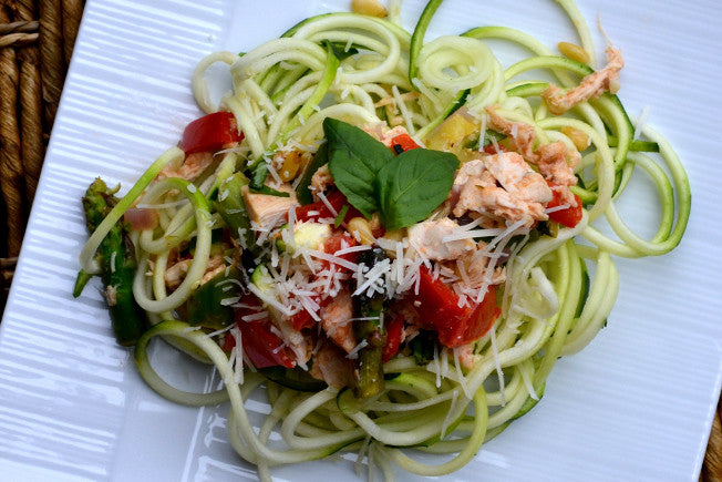 Fresh 'N Easy Vegetable and Chicken Pasta on Zucchini Noodles